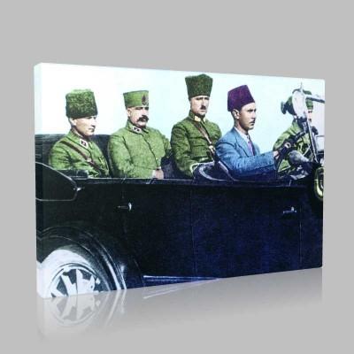 Renkli Atatürk Resimleri 105 Kanvas Tablo