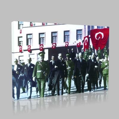Renkli Atatürk Resimleri 128 Kanvas Tablo