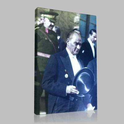 Renkli Atatürk Resimleri 134 Kanvas Tablo