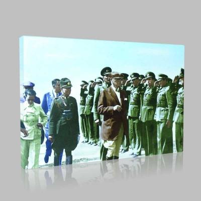 Renkli Atatürk Resimleri 158 Kanvas Tablo