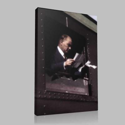 Renkli Atatürk Resimleri 189 Kanvas Tablo