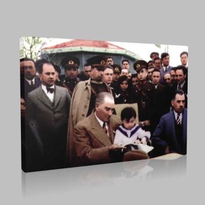 Renkli Atatürk Resimleri 195 Kanvas Tablo