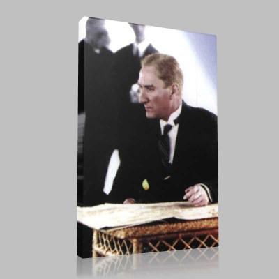 Renkli Atatürk Resimleri 214 Kanvas Tablo