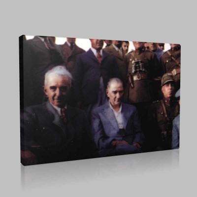 Renkli Atatürk Resimleri 224 Kanvas Tablo