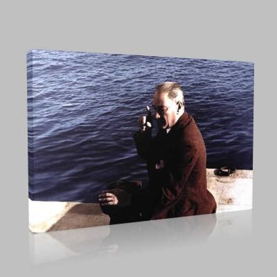 Renkli Atatürk Resimleri 246 Kanvas Tablo