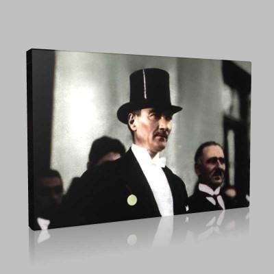 Renkli Atatürk Resimleri 286 Kanvas Tablo