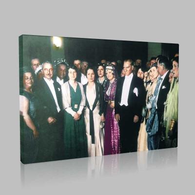 Renkli Atatürk Resimleri 311 Kanvas Tablo