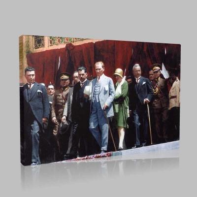 Renkli Atatürk Resimleri 312 Kanvas Tablo