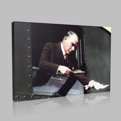 Renkli Atatürk Resimleri 313 Kanvas Tablo