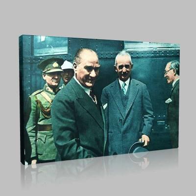 Renkli Atatürk Resimleri 332 Kanvas Tablo