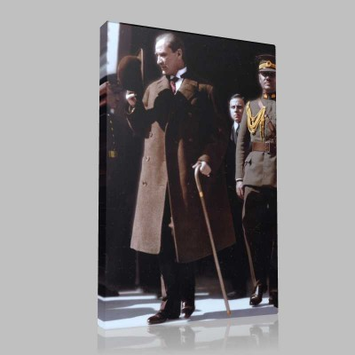Renkli Atatürk Resimleri 350 Kanvas Tablo