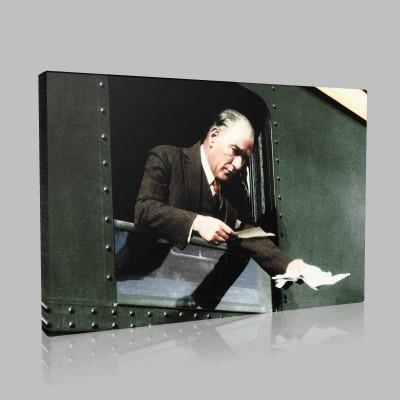 Renkli Atatürk Resimleri 353 Kanvas Tablo