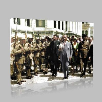 Renkli Atatürk Resimleri 388 Kanvas Tablo