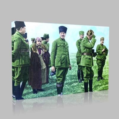 Renkli Atatürk Resimleri 404 Kanvas Tablo