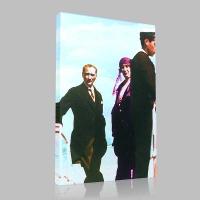 Renkli Atatürk Resimleri 55 Kanvas Tablo