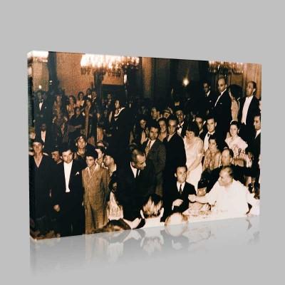 Siyah Beyaz Atatürk Resimleri  100 Kanvas Tablo