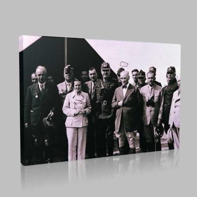 Siyah Beyaz Atatürk Resimleri  102 Kanvas Tablo