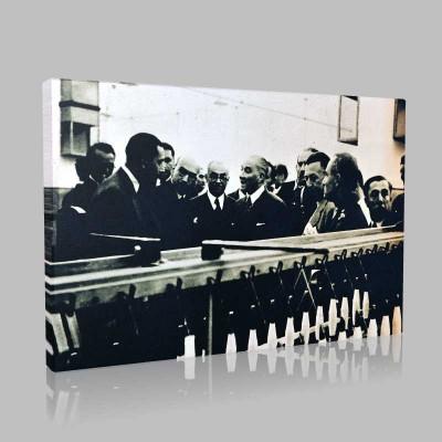 Siyah Beyaz Atatürk Resimleri  118 Kanvas Tablo