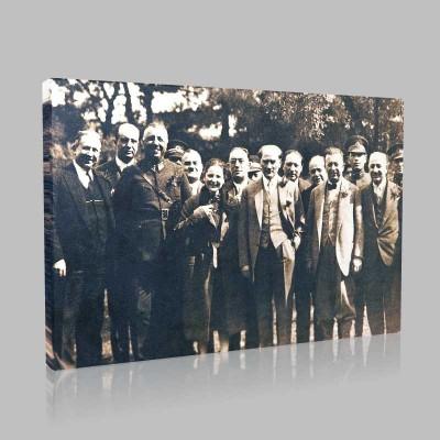 Siyah Beyaz Atatürk Resimleri  128 Kanvas Tablo