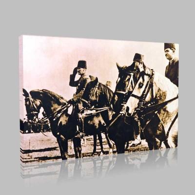 Siyah Beyaz Atatürk Resimleri  13 Kanvas Tablo