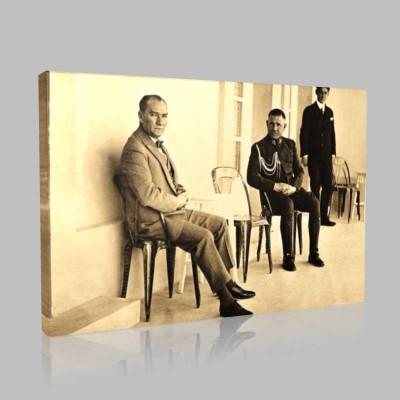 Siyah Beyaz Atatürk Resimleri  231 Kanvas Tablo