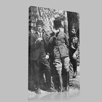 Siyah Beyaz Atatürk Resimleri  247 Kanvas Tablo