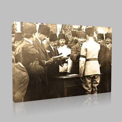 Siyah Beyaz Atatürk Resimleri  324 Kanvas Tablo
