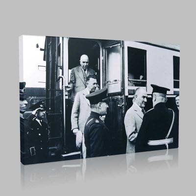 Siyah Beyaz Atatürk Resimleri  329 Kanvas Tablo
