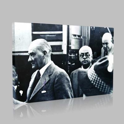 Siyah Beyaz Atatürk Resimleri  338 Kanvas Tablo