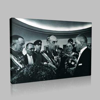Siyah Beyaz Atatürk Resimleri  339 Kanvas Tablo
