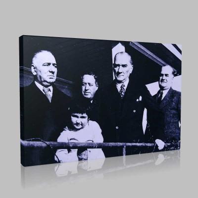 Siyah Beyaz Atatürk Resimleri  344 Kanvas Tablo