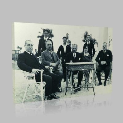 Siyah Beyaz Atatürk Resimleri  355 Kanvas Tablo