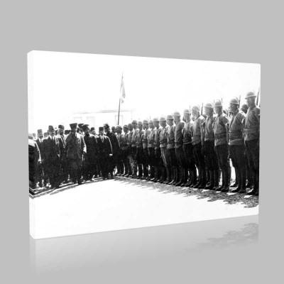 Siyah Beyaz Atatürk Resimleri  373 Kanvas Tablo
