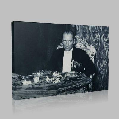 Siyah Beyaz Atatürk Resimleri  377 Kanvas Tablo
