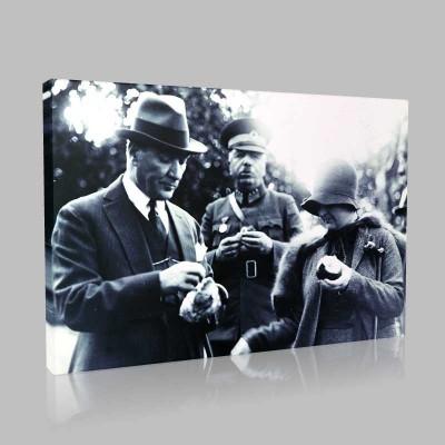 Siyah Beyaz Atatürk Resimleri  404 Kanvas Tablo
