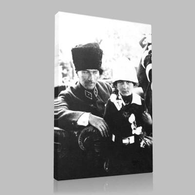 Siyah Beyaz Atatürk Resimleri  421 Kanvas Tablo