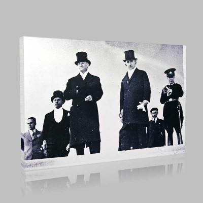 Siyah Beyaz Atatürk Resimleri  426 Kanvas Tablo