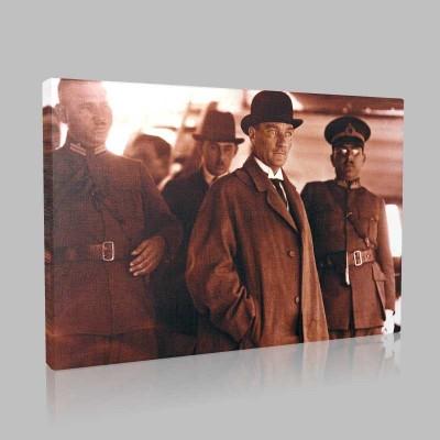 Siyah Beyaz Atatürk Resimleri  43 Kanvas Tablo