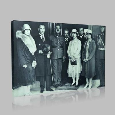 Siyah Beyaz Atatürk Resimleri  444 Kanvas Tablo