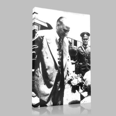 Siyah Beyaz Atatürk Resimleri  503 Kanvas Tablo
