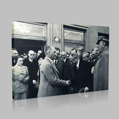 Siyah Beyaz Atatürk Resimleri  506 Kanvas Tablo