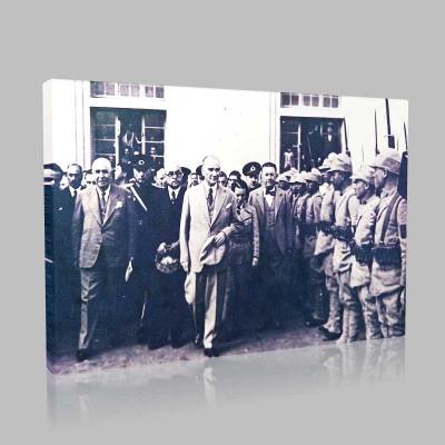Siyah Beyaz Atatürk Resimleri  52 Kanvas Tablo
