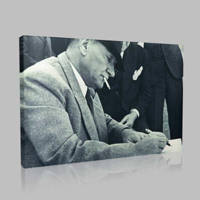 Siyah Beyaz Atatürk Resimleri  533 Kanvas Tablo