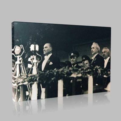 Siyah Beyaz Atatürk Resimleri  68 Kanvas Tablo