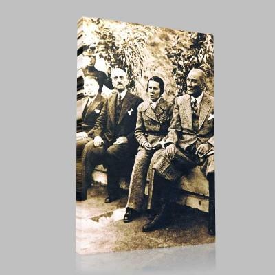 Siyah Beyaz Atatürk Resimleri  90 Kanvas Tablo