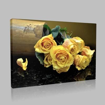 Vazodaki Sarı Güller Kanvas Tablo